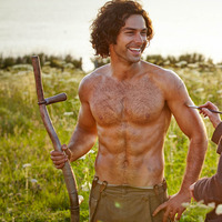 Aiden Turner stars in Poldark 1st April 2015